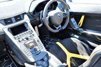 Lamborghini Aventador SV Roadster Superveloce LP 750-4 ISR image 17 thumbnail