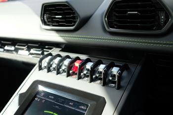 Lamborghini Huracan EVO 5.2 V10 640 2dr Auto AWD image 16 thumbnail