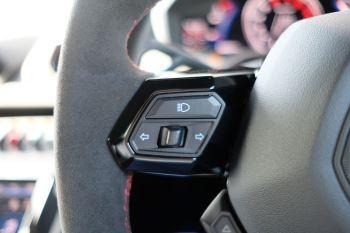 Lamborghini Huracan EVO LP 640-4 5.2 AWD image 28 thumbnail