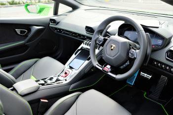 Lamborghini Huracan EVO Spyder 5.2 V10 640 2dr Auto AWD image 10 thumbnail