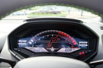 Lamborghini Huracan EVO Spyder 5.2 V10 640 2dr Auto AWD image 17 thumbnail