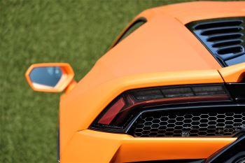 Lamborghini Huracan EVO LP 640-4 image 11 thumbnail
