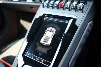 Lamborghini Huracan EVO LP 640-4 image 15 thumbnail