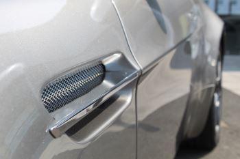 Aston Martin V8 Vantage Roadster 2dr Sportshift image 22 thumbnail