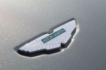 Aston Martin V8 Vantage Roadster 2dr Sportshift image 24 thumbnail