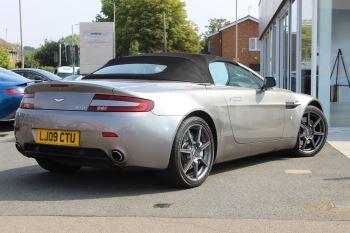 Aston Martin V8 Vantage Roadster 2dr Sportshift image 17 thumbnail
