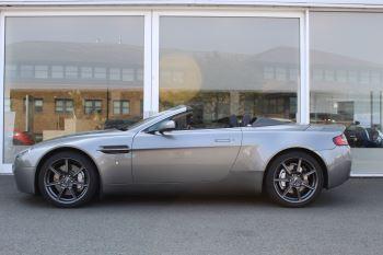 Aston Martin V8 Vantage Roadster 2dr Sportshift image 8 thumbnail