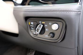 Bentley Bentayga Hybrid 3.0 V6 5dr image 23 thumbnail