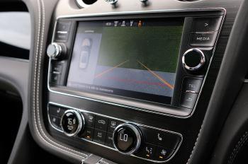 Bentley Bentayga Hybrid 3.0 V6 5dr image 17 thumbnail