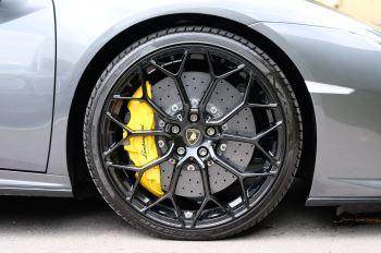 Lamborghini Huracan EVO LP 640-4 image 9 thumbnail