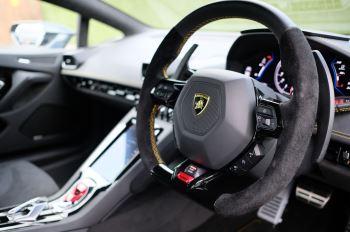 Lamborghini Huracan EVO LP 640-4 image 17 thumbnail