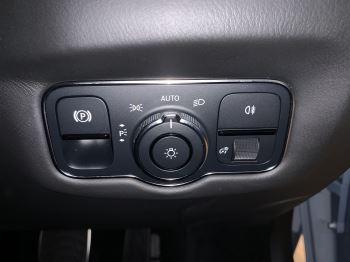 Aston Martin New Vantage 2dr ZF 8 Speed image 32 thumbnail