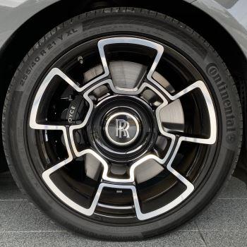 Rolls-Royce Black Badge Wraith V12 image 9 thumbnail