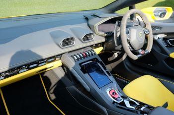 Lamborghini Huracan EVO Spyder LP 640-4 image 7 thumbnail