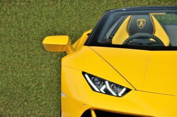Lamborghini Huracan EVO Spyder LP 640-4 image 11 thumbnail