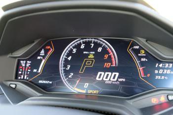 Lamborghini Huracan EVO Spyder LP 640-4 image 23 thumbnail