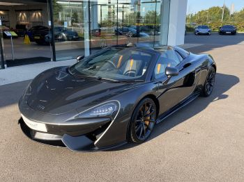 McLaren 570S Spider Spider  3.8 Semi-Automatic 2 door Convertible (2018)