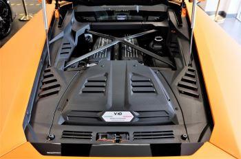 Lamborghini Huracan EVO LP 640-4 image 8 thumbnail