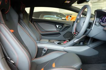 Lamborghini Huracan EVO LP 640-4 image 26 thumbnail