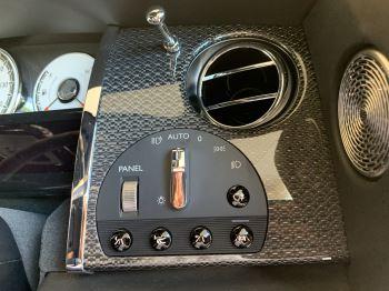Rolls-Royce Black Badge Wraith V12 image 29 thumbnail