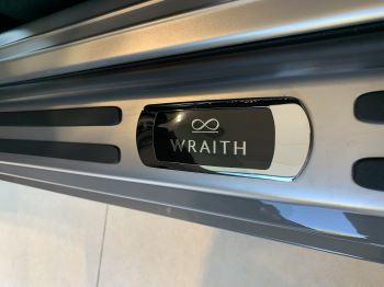 Rolls-Royce Black Badge Wraith V12 image 31 thumbnail