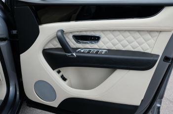 Bentley Bentayga 6.0 W12 5dr image 23 thumbnail