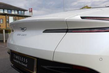 Aston Martin DB11 Volante V8 Twin Turbo image 10 thumbnail