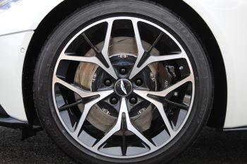 Aston Martin DB11 Volante V8 Twin Turbo image 25 thumbnail