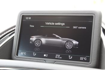 Aston Martin DB11 Volante V8 Twin Turbo image 23 thumbnail