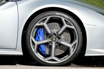 Lamborghini Huracan EVO LP 640-4 5.2 image 9 thumbnail