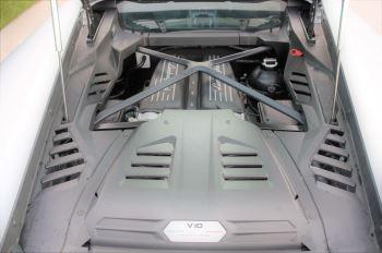 Lamborghini Huracan EVO LP 640-4 5.2 image 8 thumbnail
