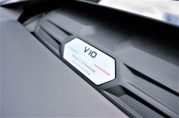 Lamborghini Huracan EVO LP 640-4 5.2 image 24 thumbnail