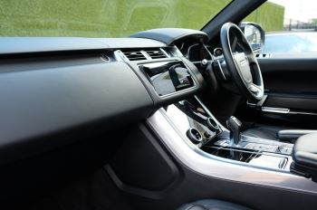 Land Rover Range Rover Sport 3.0 SDV6 Autobiography Dynamic 5dr image 18 thumbnail