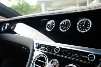 Bentley Continental GT 4.0 V8 2dr Auto [City+Touring Spec] image 18 thumbnail