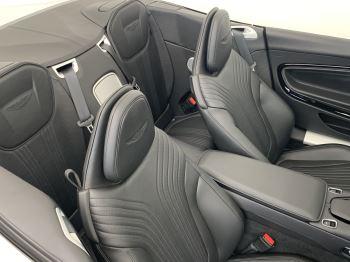 Aston Martin DB11 V8 Volante 2dr Touchtronic image 12 thumbnail