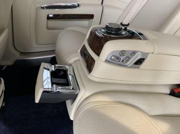 Rolls-Royce Ghost V12 AUTO image 23 thumbnail