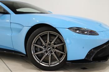 Aston Martin New Vantage 2dr image 10 thumbnail