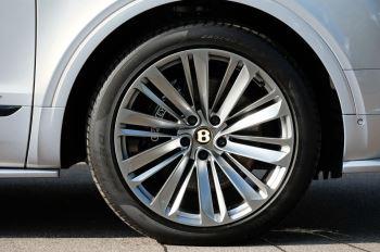 Bentley Bentayga Speed - City & Touring image 8 thumbnail