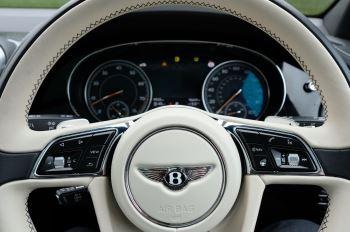 Bentley Bentayga 4.0 V8 5dr - Mulliner Driving Specification image 16 thumbnail