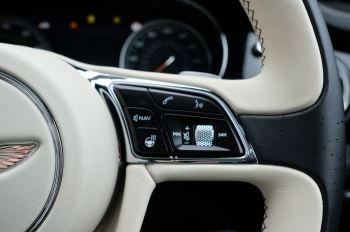 Bentley Bentayga 4.0 V8 5dr - Mulliner Driving Specification image 23 thumbnail