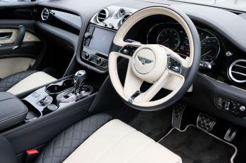 Bentley Bentayga 4.0 V8 5dr - Mulliner Driving Specification image 12 thumbnail