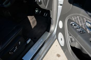 Bentley Bentayga 4.0 V8 First Edition 5dr Auto - Mulling Driving Specification image 16 thumbnail