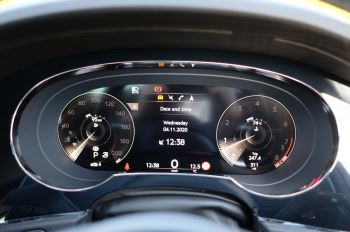 Bentley Bentayga 4.0 V8 First Edition 5dr Auto - Mulling Driving Specification image 21 thumbnail
