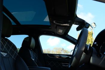 Bentley Bentayga 4.0 V8 First Edition 5dr Auto - Mulling Driving Specification image 29 thumbnail