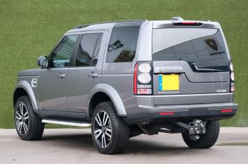 Land Rover Discovery 3.0 SDV6 HSE Luxury 5dr image 2 thumbnail