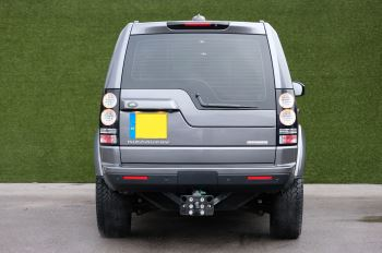 Land Rover Discovery 3.0 SDV6 HSE Luxury 5dr image 6 thumbnail