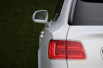 Bentley Bentayga 6.0 W12 5dr image 7 thumbnail
