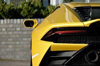 Lamborghini Huracan EVO 5.2 V10 610 2dr Auto RWD image 11 thumbnail