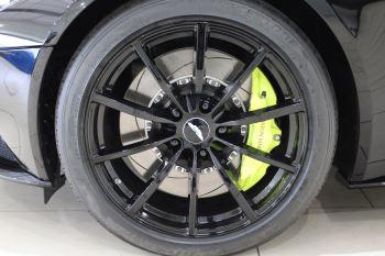 Aston Martin DB11 V12 AMR Touchtronic image 8 thumbnail