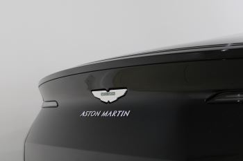 Aston Martin DB11 AMR Touchtronic image 23 thumbnail